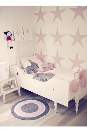trochę vintage, trochę retro pokój dla dziewczynki4